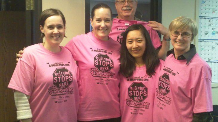カナダのピンクシャツデー団体を訪問